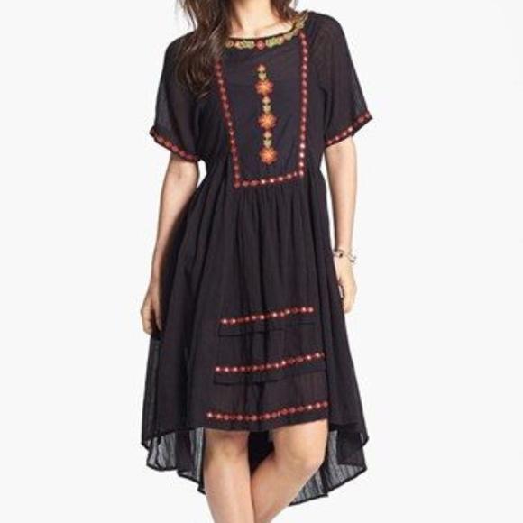 530e8a19126 Free People Dresses   Skirts - Free People Folk Embroidered Boho High Low  Dress